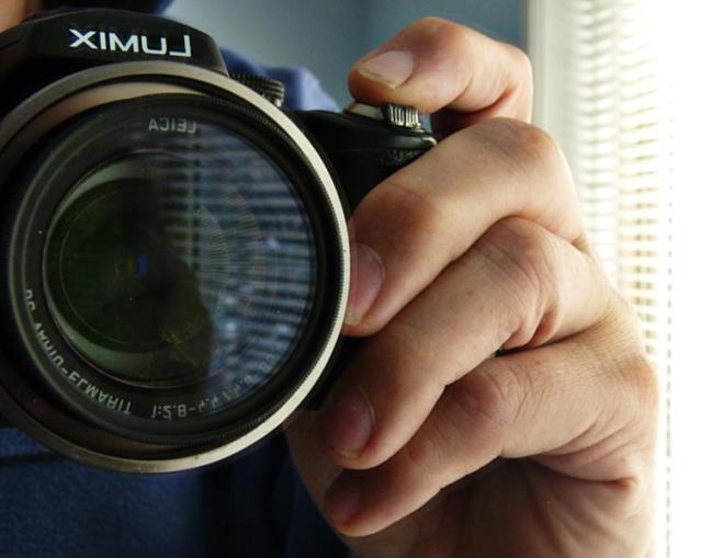 Compact Camera Picture2